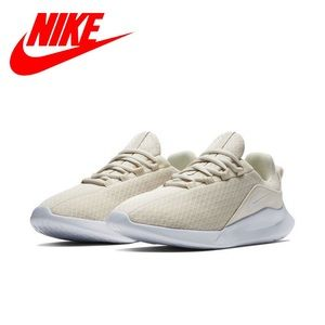 Nike Viale Women's Running Shoes Size 9.5